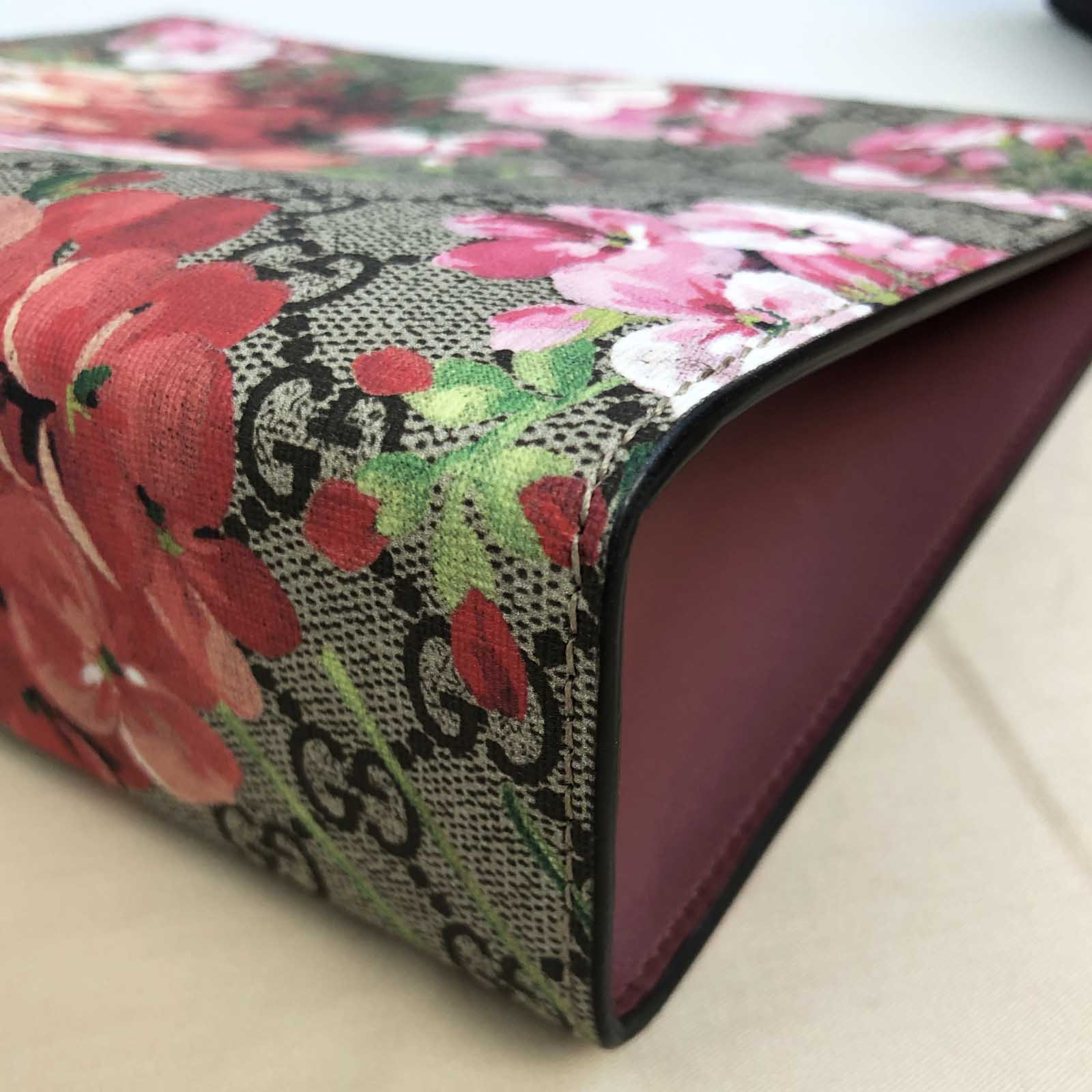 8e6e5bc95ca Gucci Blooms Large Cosmetic Pouch / Clutch Bag - Pink Bloom