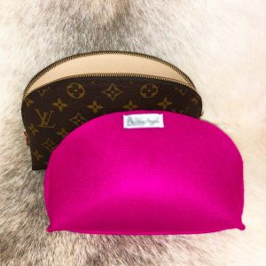 Louis Vuitton cosmetics pouch GM Liner to protect the lining organiser