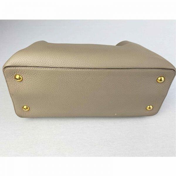 Louis vuitton Capucines MM Galet and Gold hardware Bag handbagholic uk Bottom