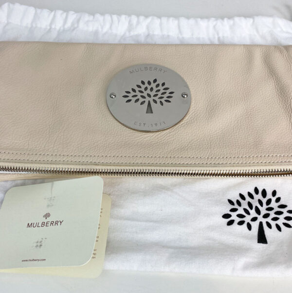 Mulberry Pear Sorbet Daria Clutch Bag Leather Beige Cream Silver Hardware front