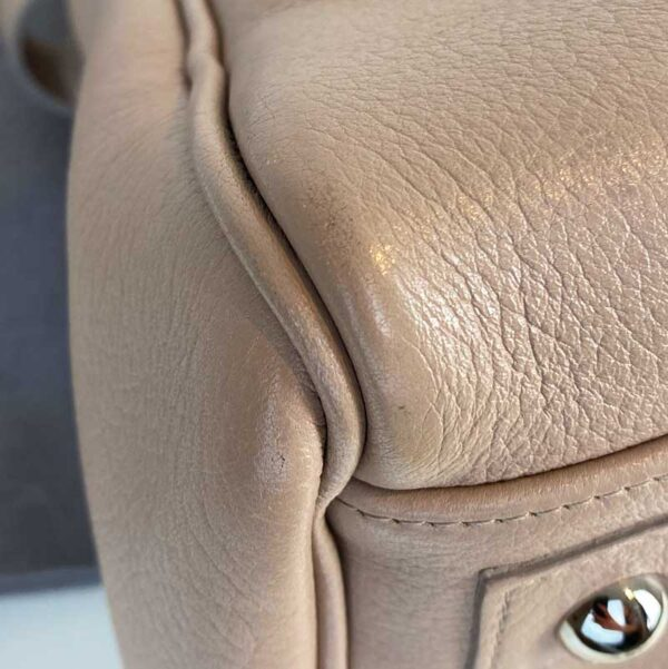 Mulberry bayswater pebble putty nude beige bag bottom left corner