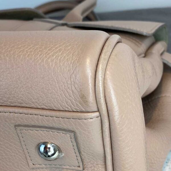 Mulberry bayswater pebble putty nude beige bag bottom right corner