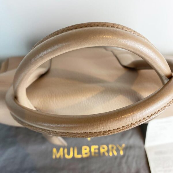 Mulberry bayswater pebble putty nude beige bag handles