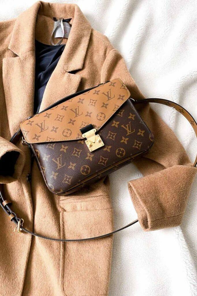 Louis Vuitton reverse monogram pochette metis bag best first bag